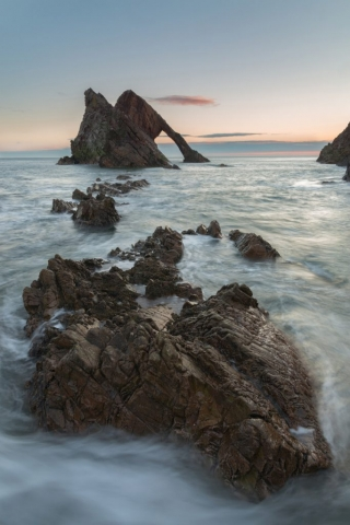 Ein Neuer Tag, Bow Fiddle Rock, Moray, Schottland