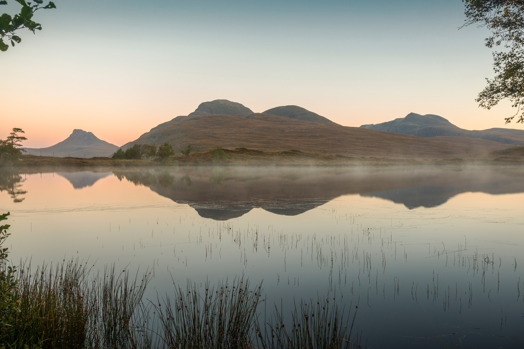 Loch Cul Drommanan Dawn, Assynt
