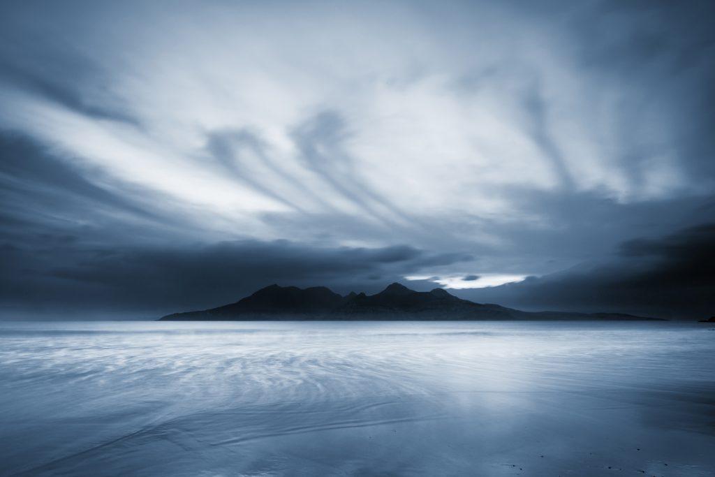 Nachteinbruch auf Rum, Schottland