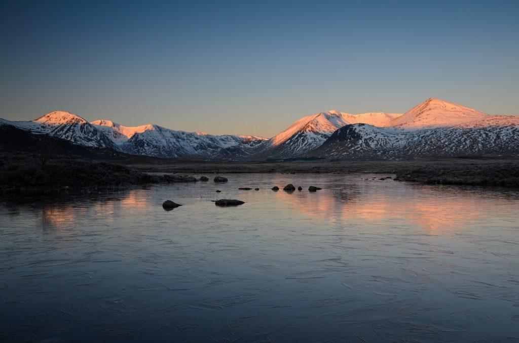 Blackmount im Morgenglühen