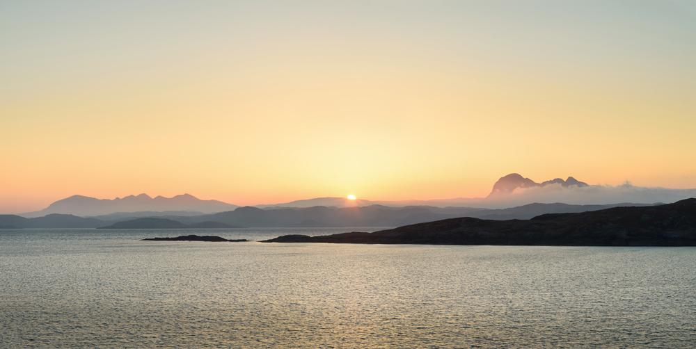 Sonnenaufgang zwischen Suilven und Quinag