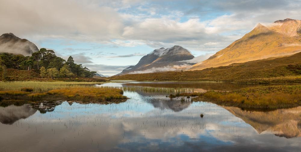 Loch Clair Spiegelung
