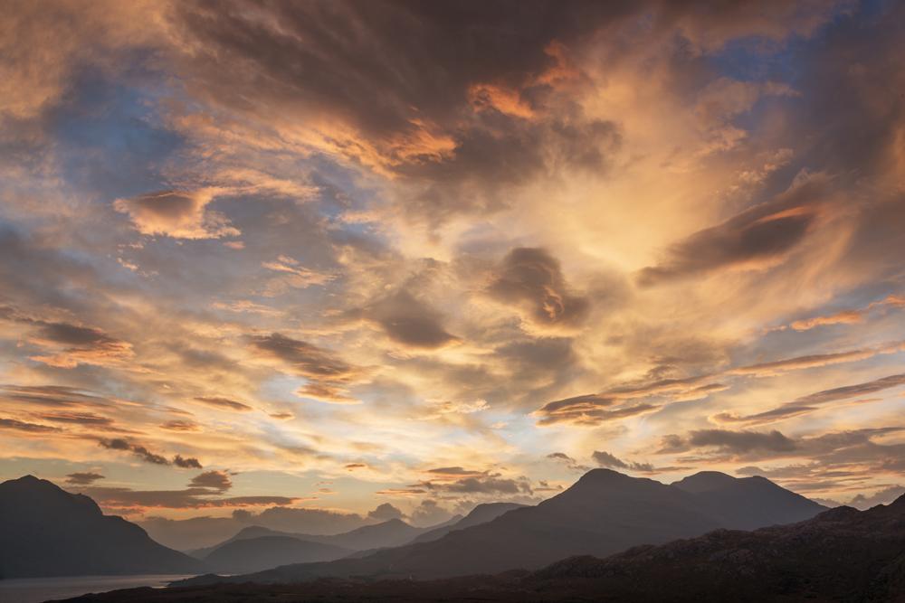 Sonnenaufgang über Beinn Damh