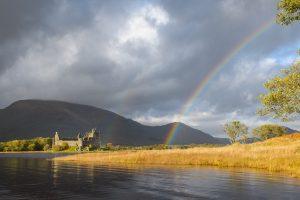 Regenbogen über Kilchurn Castle
