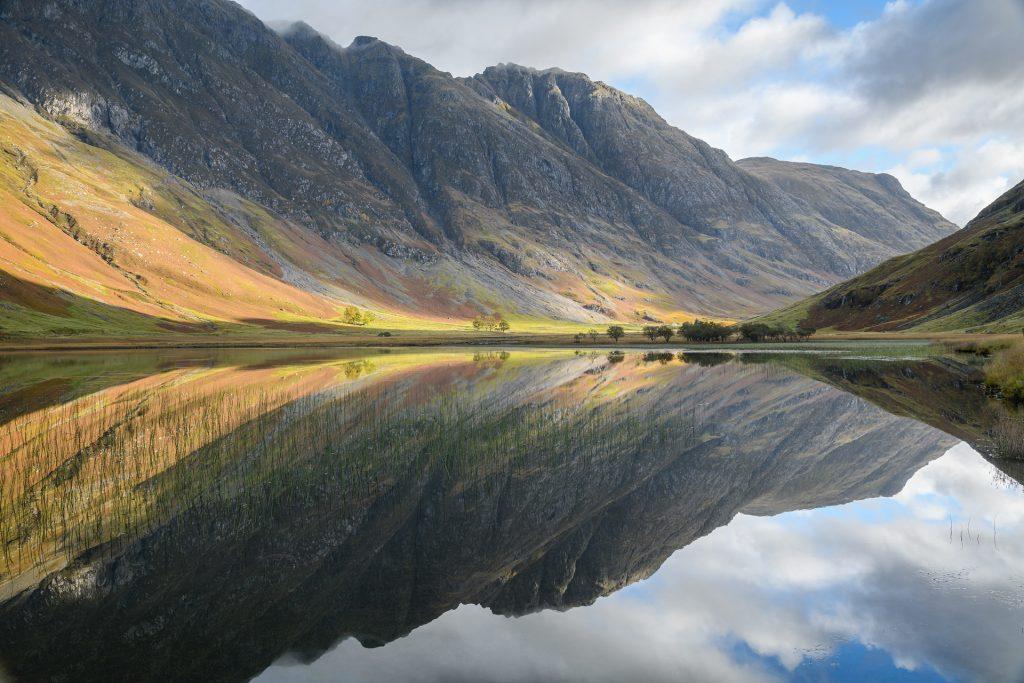 Loch Achtriochtan Herbstspiegelung